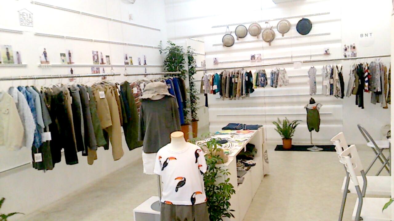 衣料品・服飾雑貨 販売